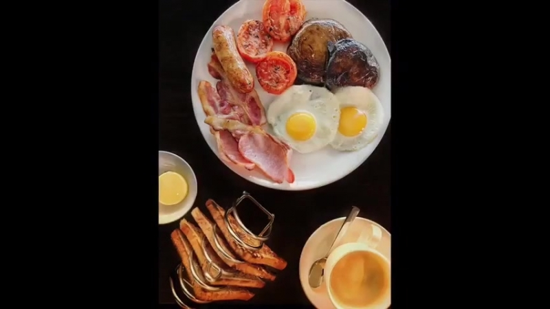 The ultimate pre-flight pitstop ! How do you like your eggs in the morning? Gx ReadyForTakeOff