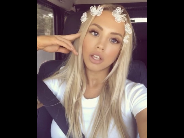 Just me being cute guys 🤷🏼‍♀️ On a serious note my hair is growinggg yass - 👻 tammy_hembrow