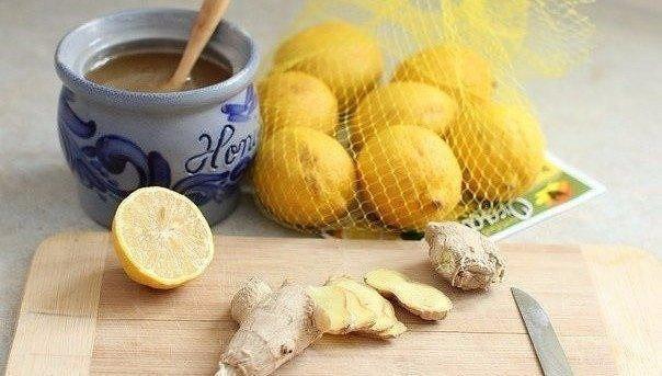 """Смесь для иммунитета """"Имбирь-лимон-мед""""."""