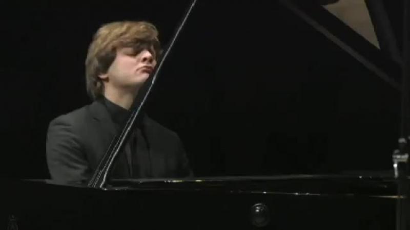 Georgy Tchaidze plays Medtner Fairy Tale op.34_2