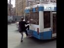 Кировские школьники стали активно экономить на проезде