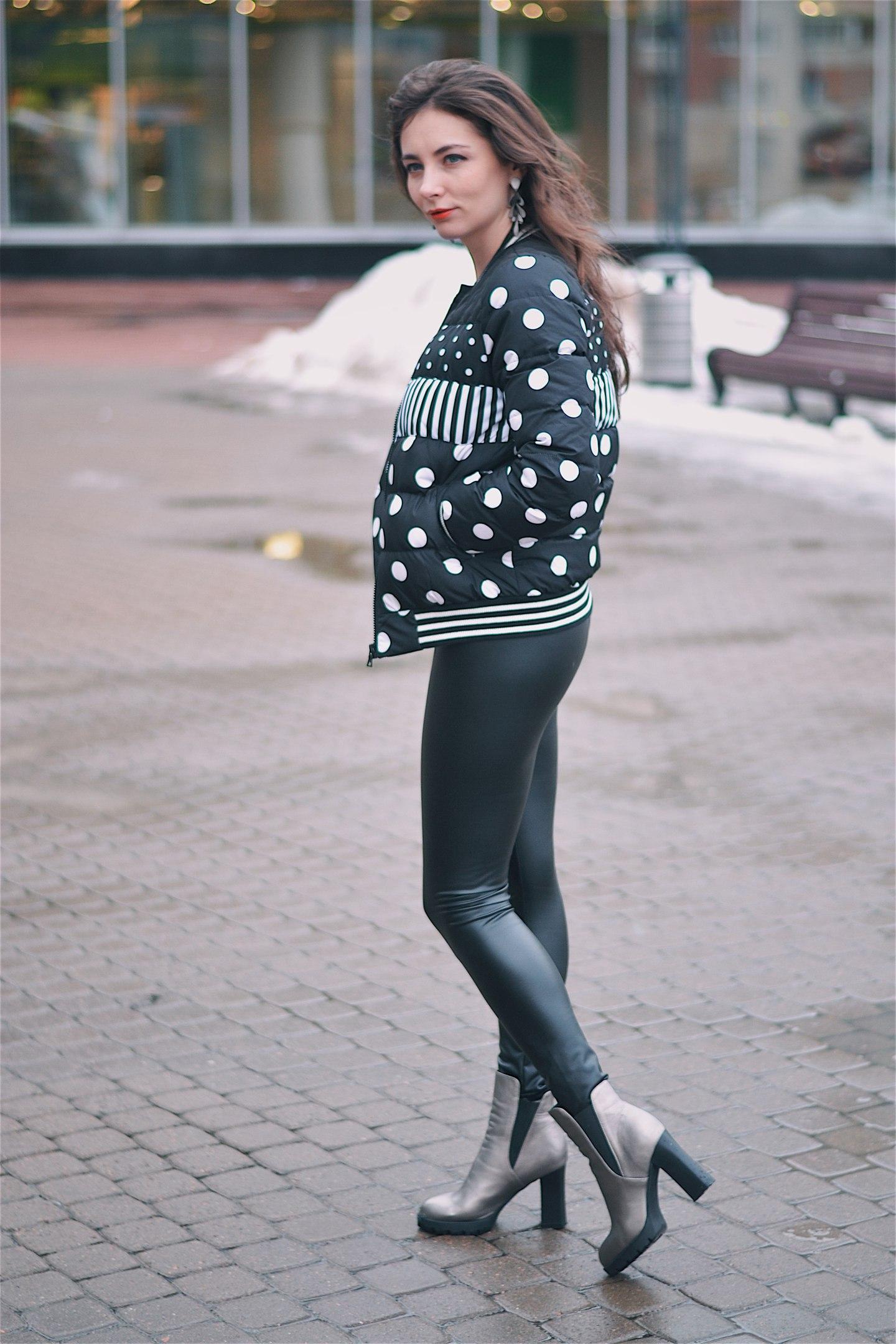 Серебристые челси бренда Qutaa с размерным рядом до 43 Эта пара из разряда стильно модно молоджно После получения я напр