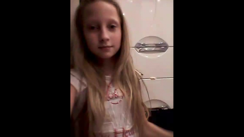 сижу с сестрой в ване