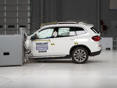 2018 BMW X3 driver side small overlap IIHS crash test