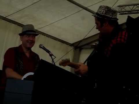 HAMP GOES WILD PAT PERAY - LIVE FESTIVERBANT 2012