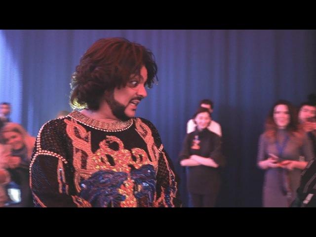 Киркоров, Басков и QUEENS за сценой Золотого граммофона 2017