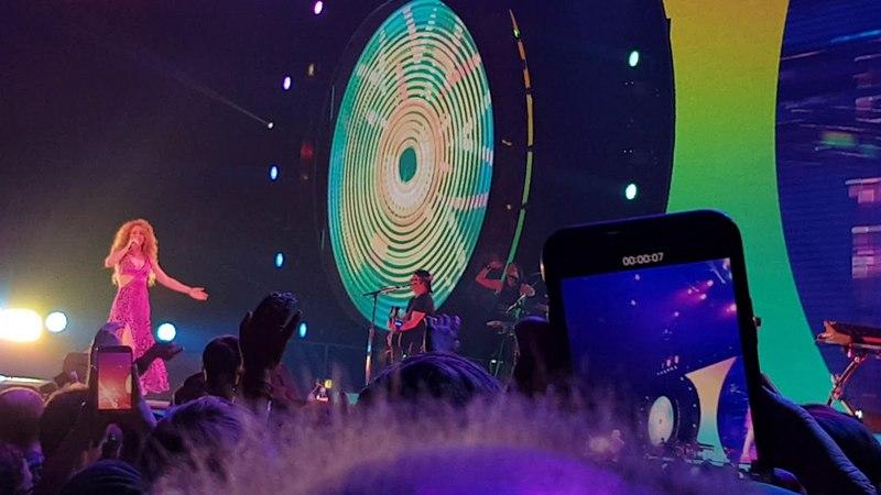 Shakira - La Bicicleta (Cologne 2018)   El Dorado World Tour  4K 