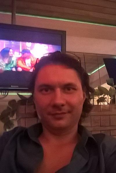 Роман Санников