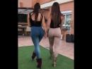2 sexy girls ass