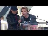 Scarlett Johansson & Mila Kunis at Womens March in LA