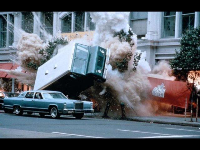 Видео к фильму «Крепкий орешек 3: Возмездие» (1995): Трейлер (русский язык)