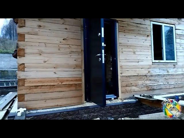 Монтаж металлической двери в деревянный дом Как установить дверь Окосячка проемов в брусовом доме
