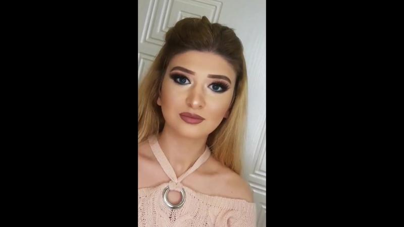 Makeup artist Afaq