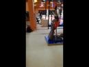 Урок акробатики, стойка на руках