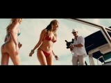 Piranha 3D / Пираньи (Public Enemy & Benny Benassi - Bring The Noise / LMFAO – Girls On The Dance Floor) | Kelly Brook