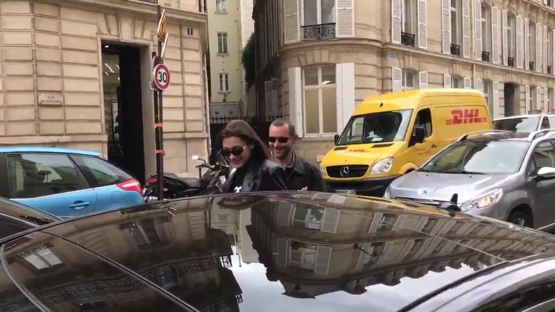 Белла покидает ресторан L'avenue Париж 02 05 18