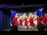 Танцевальная группа на юбилейном концерте