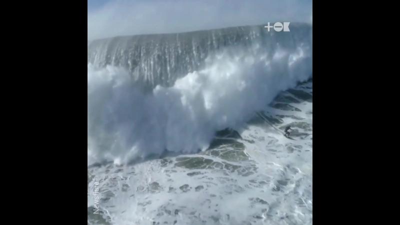 Самые большие волны в мире (1080p).mp4