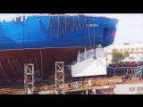 Ожидание спуска, отпиливание балки и спуск на воду Ледокола Сибирь. Самый большой ледокол в мире! Мощь!