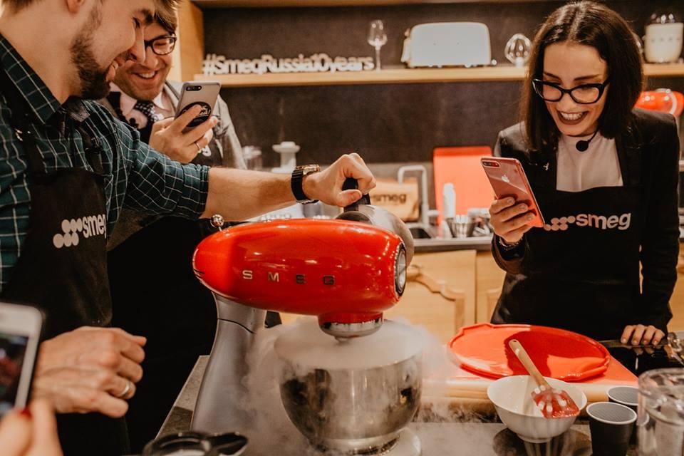 SMEG техника для кухни в Краснодарском крае, купить бытовую технику в стиле ретро в краснодаре