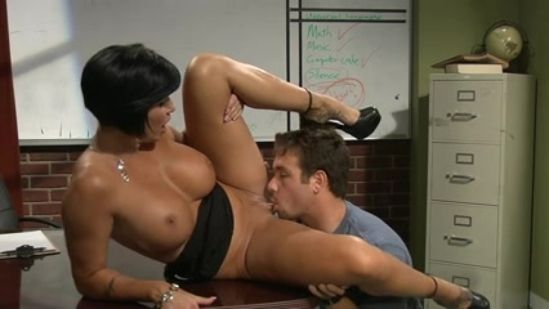 Ученик трахает знойную учительницу mature milf love teacher busty woman fuck