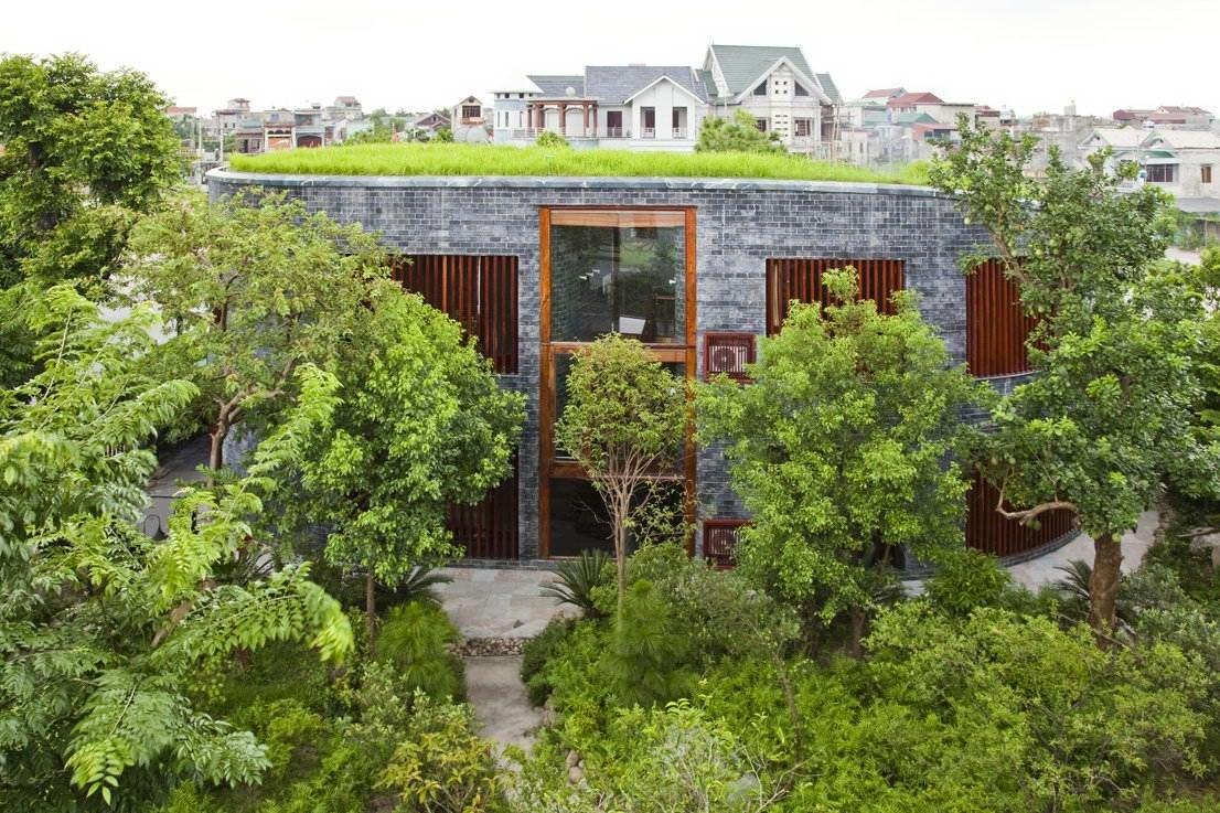 Каменный дом (Stone House) во Вьетнаме от Vo Trong Nghia Architects.