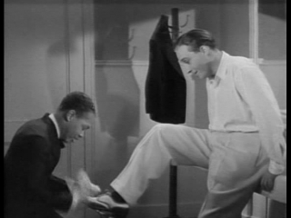 Bing Crosby Does Some Scat Singing (1932)