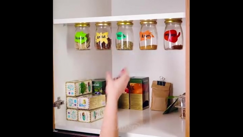 Совет по уборке на кухне Как создать дополнительное место в кухонных шкафчиках