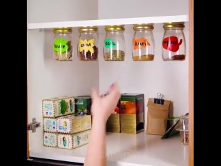 Совет по уборке на кухне! Как создать дополнительное место в кухонных шкафчиках.