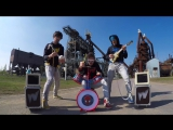 Deep House presents: Крутое исполнение песни на детских инструментах (Killing in The Name) [HD 720]