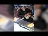Woman takes tip jar from Staten Island restaurant
