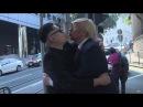 Трамп и Ким Чен ЫН встретились на улицах Гонконга благодаря актерам имитаторам
