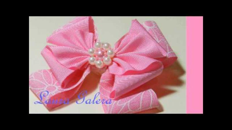 Moño artesanal para niña Handmade bow for girl Laço feito à mão para menina