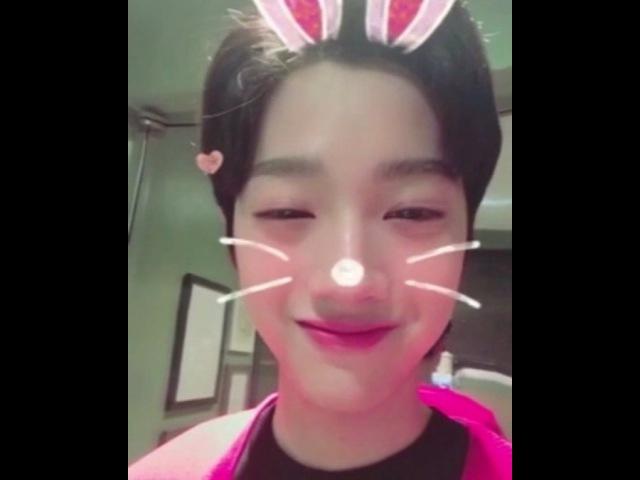 "Wanna One 워너원 on Instagram: ""[라이관린] Happy New Year to Wannable! 워너원과 함께 행복과 사랑이 가득한 2018년"