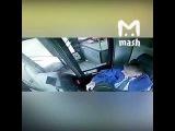 Авария 29.12.2017 автобус врезается в остановку, Москва видео из салона.