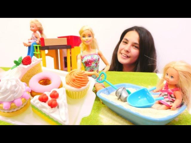 Barbie Kardelen'e özeniyor. Barbie oyunları ve kız oyuncakları