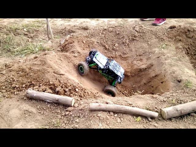 Радиоуправляемый краулер Rock Crawler 4WD RTR 1 10 2 4G HB P1001