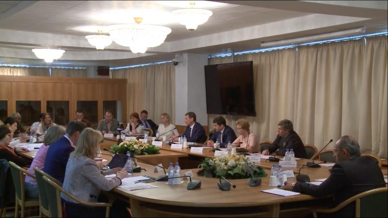 В Госдуме обсудили пути решения проблемы обманутых дольщиков