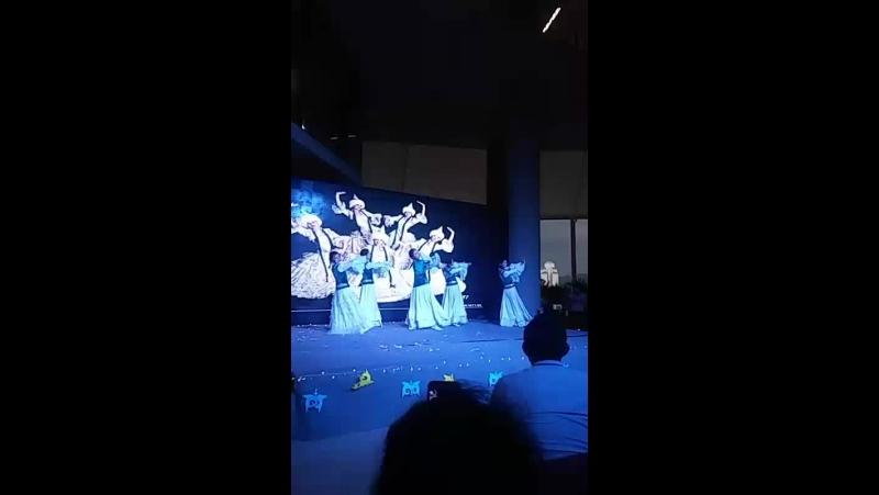 танец камажай в малайзии Казахстан рулит)