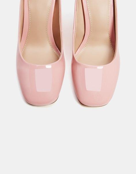 Лакированные туфли на каблуке