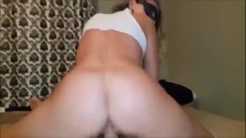 В рот и в анал девочку с сайта Оmаmbа.ru [секс, порно, натуральная, большая грудь, сиськи, скачет, домашнее, домашка Porn]