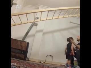 Какой сильный мальчик из Ирана