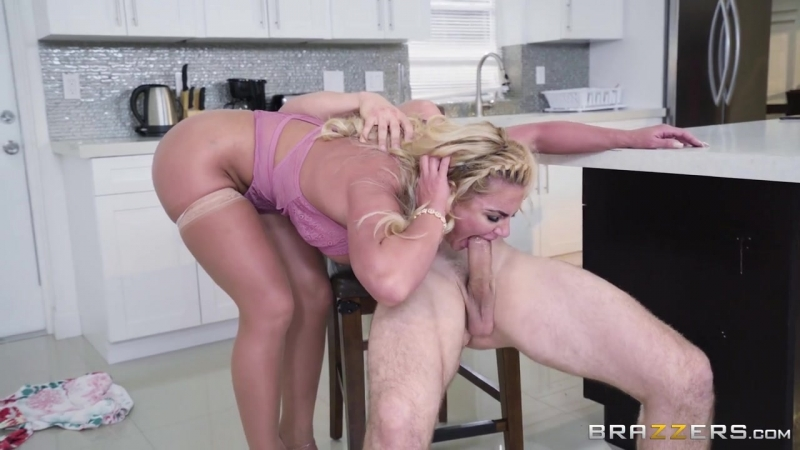 Phoenix Marie ( The House Christening) 2017, Creampie, Big Ass, Big Tits, Blonde, Bubble Butt, Couples