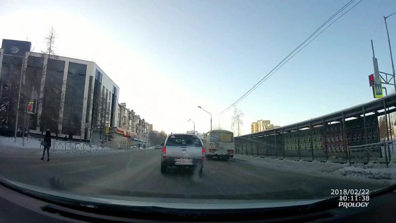 Архангельск. Для вас светофоры установлены!