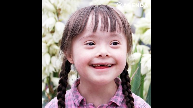 Маленькая украинка с синдромом Дауна стала моделью