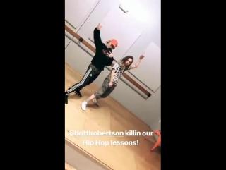 Britt Robertson with Lindsay Taylor recently (via Lindsay's IG story)