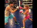 Вундеркинд бокса Кира Макогоненко пожелала удачи Ломаченко в бою против Ригондо