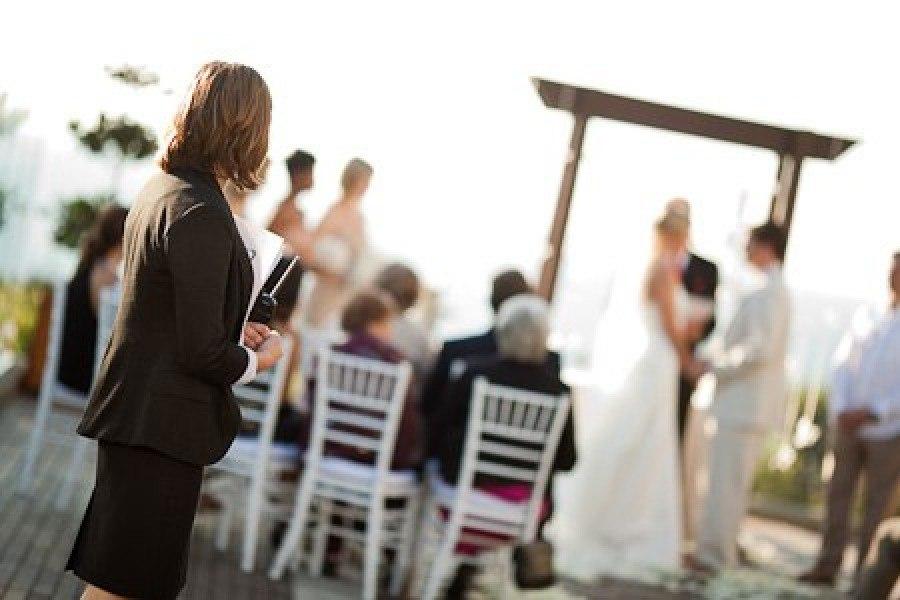 A6L7TU rrEw - Свадебный распорядитель: нужен ли он и чем занимается этот специалист на празднике