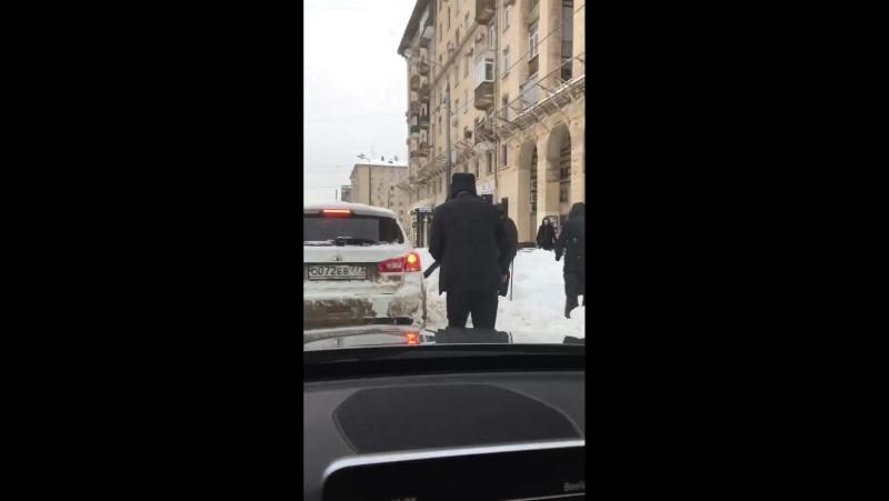 Сугробы в Гагаринском