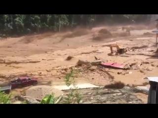 Внезапный прорыв плотины